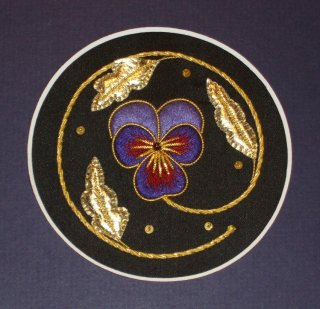a-cole-pansy-roundel
